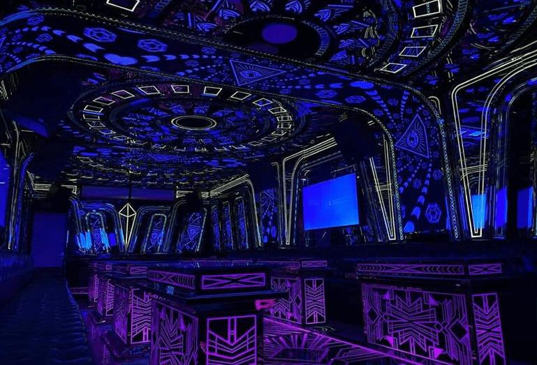 Phòng karaoke phong cách bar mini mạnh mẽ